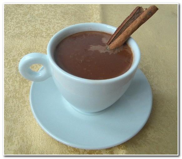 Choconhaque – Chocolate Quente com Conhaque
