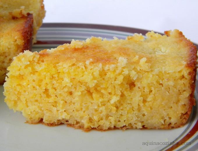 bolo de cuscuz de milho