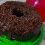 Bolo de Chocolate Com Cobertura do Pedro e da Pollyana