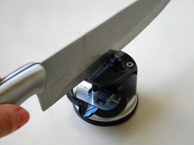 Testando um afiador de facas – Afiador Osaka