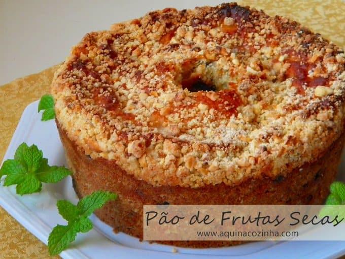 Pão super fácil com frutas secas
