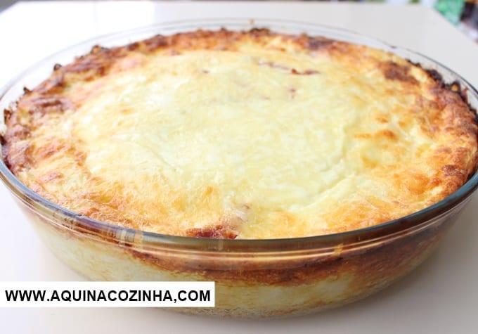 Gratinado de batata com salame queijo